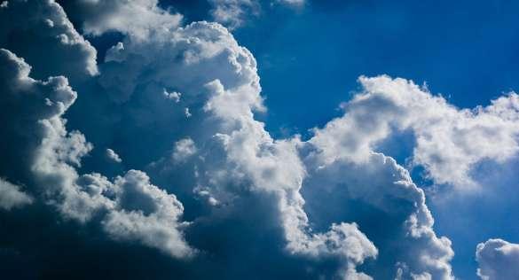 Wolken Photoshop einfügen